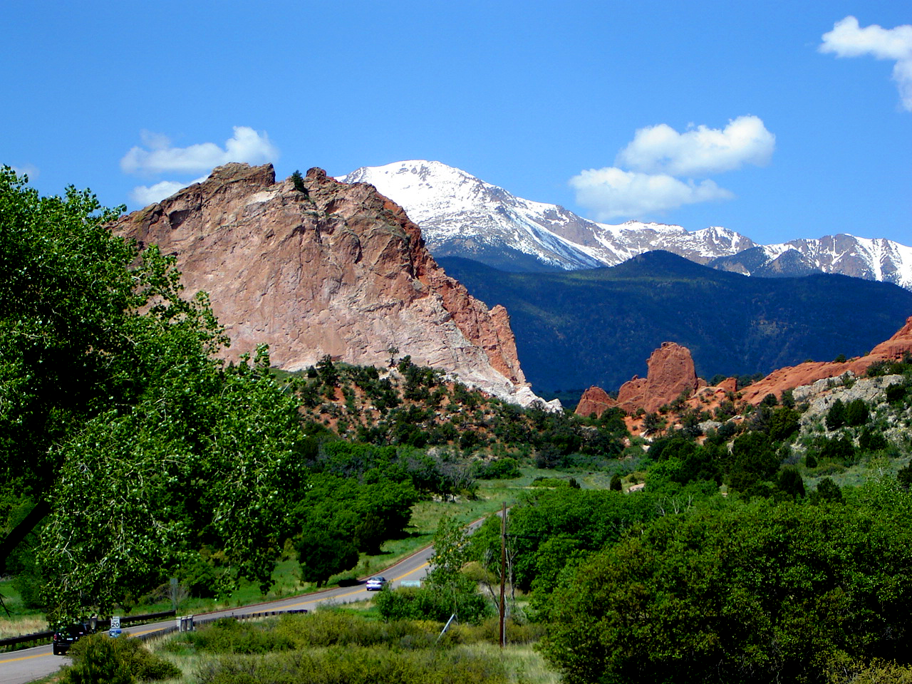 Rainbow lodge and inn colorado springs lodging for Quality inn garden of the gods